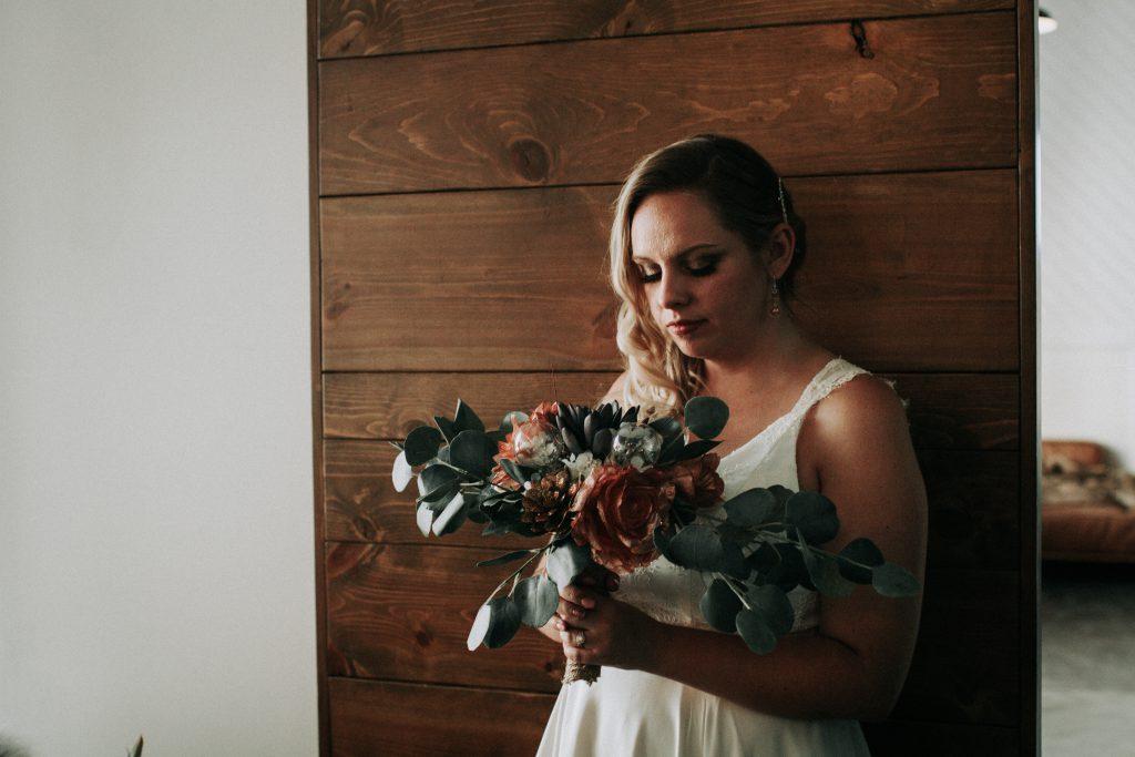 first look, wedding day, elopement , photographer , eastern Washington, wedding photographer