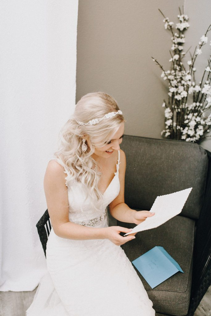 bride, wedding day, wedding gown