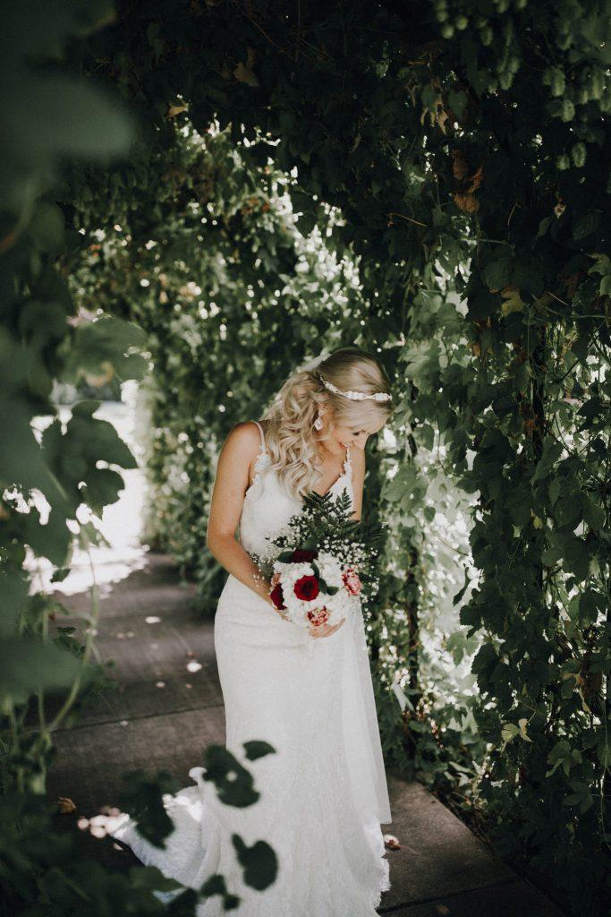 wedding, photos, bride, first look