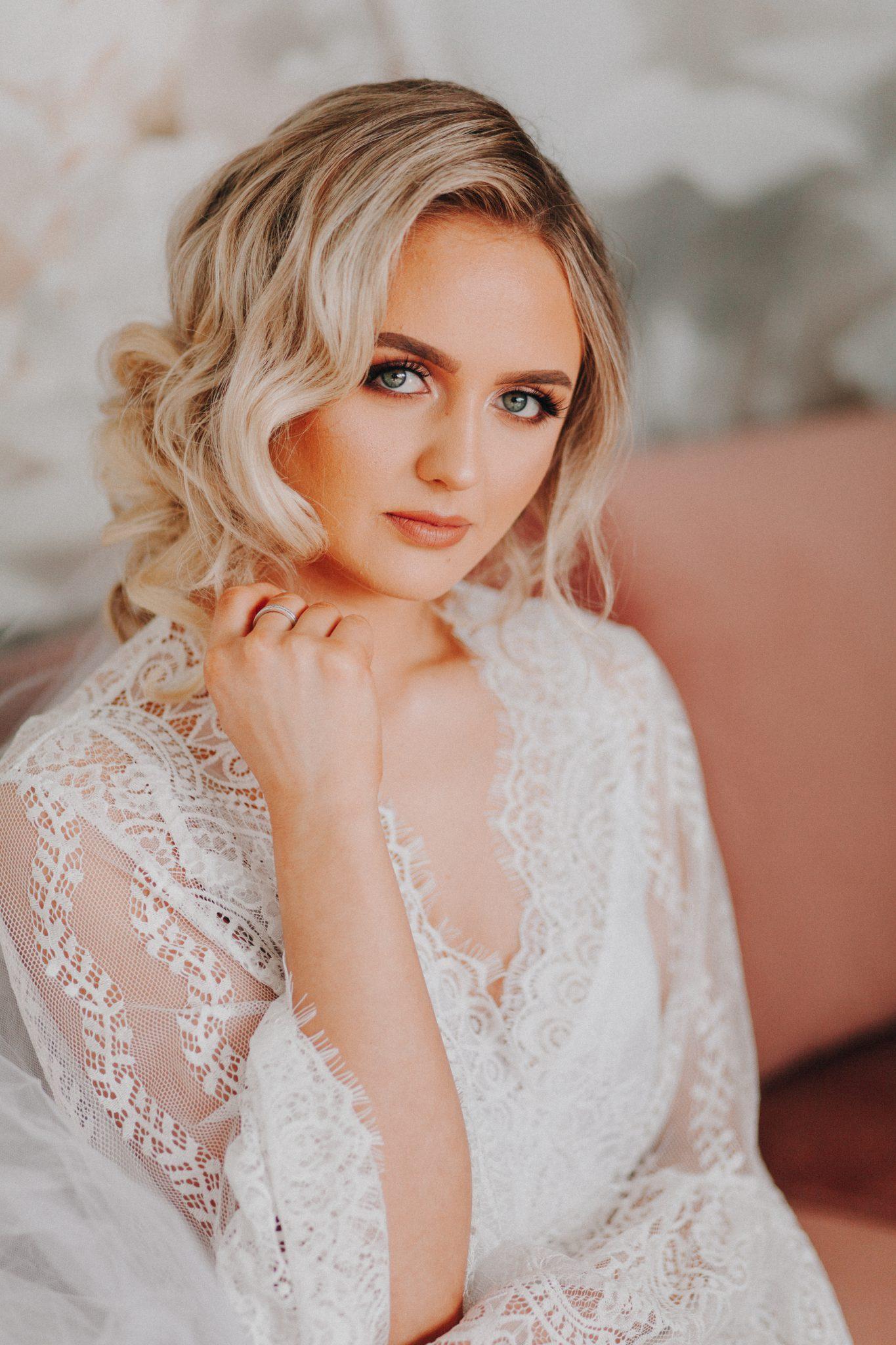 bride, bridal prep, wedding, wedding photographer , boudoir