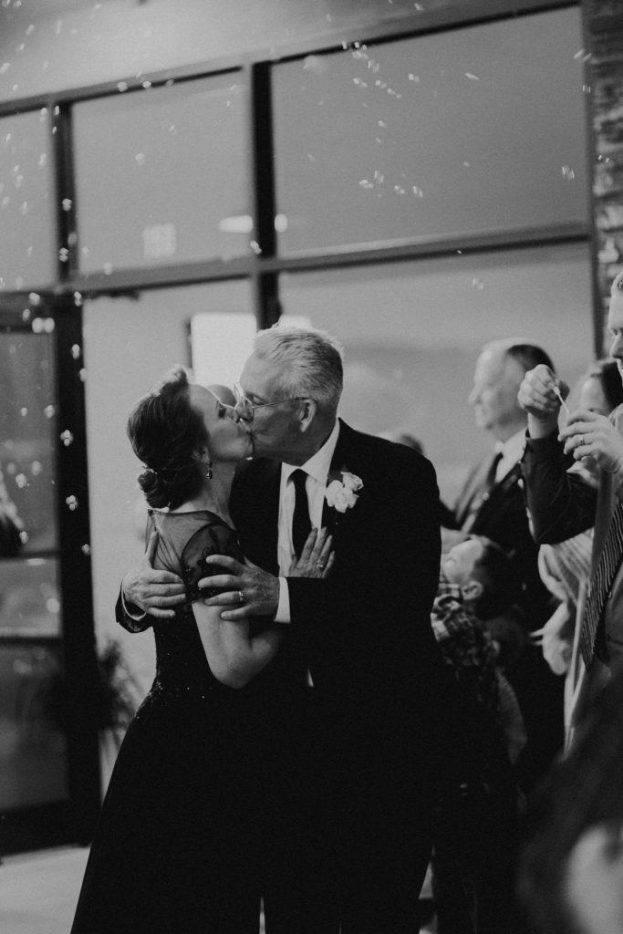 bubble exit, kiss, wedding photo