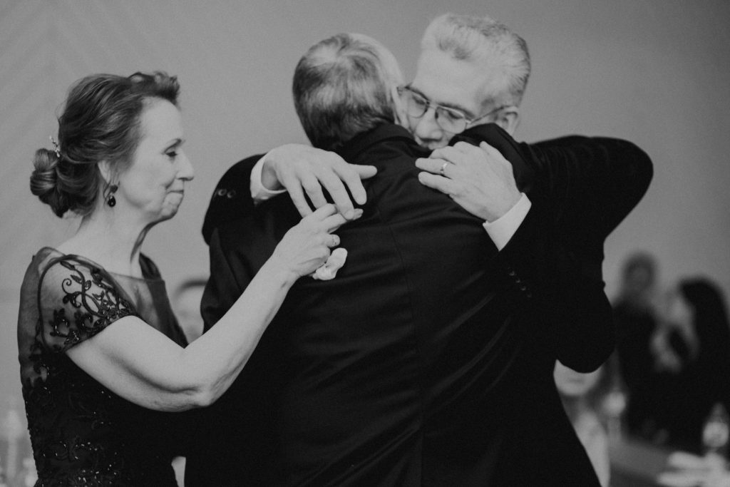 toasts, wedding photographer