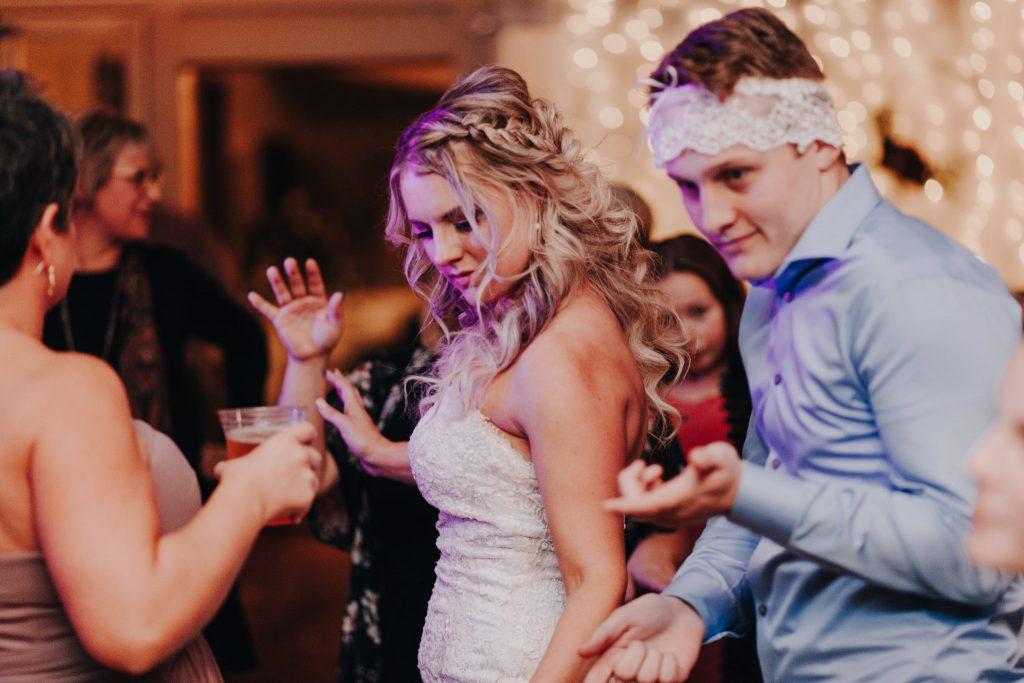 fontaine estates, winery, winery wedding, wedding venue, pnw, wedding photographer, wedding gown, wedding photographer, eastern Washington, tricities Washington, elopement , Yakima Washington,