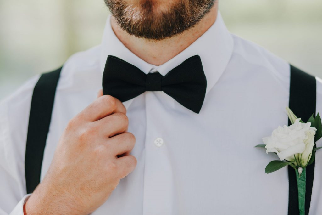groom. pnw, wedding photographer